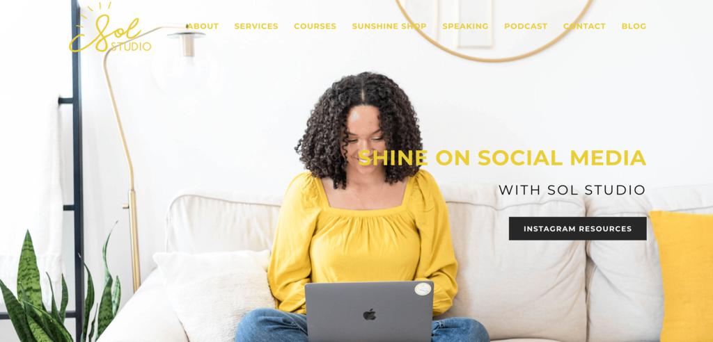 Sosyal Medya Yönetiminde Küçük Bir İşletme olan Sol Studio'nun Ana Sayfası
